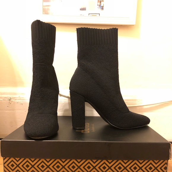Charles by Charles David Women/'s Iceland Fashion Boot,